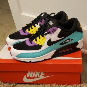 Nike Air Max Essential mens size 12